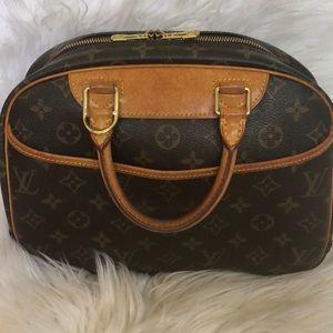 💯 Authentic Louis Vuitton Trouville Satchel
